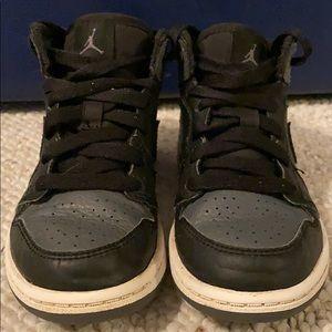 Boy's Air Jordan 1 Mid